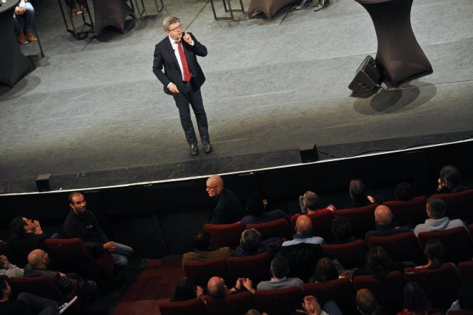 Meeting de Jean-Luc Mélenchon au théâtre Sébastopol à Lille (nord). Le 30 octobre 2018. Credit: Sarah Alcalay pour Le Monde