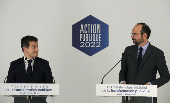 Le ministre de l'action publique Gérald Darmanin et le premier ministre Edouard Philippe, lors d'une conférence de presse le 1er février.