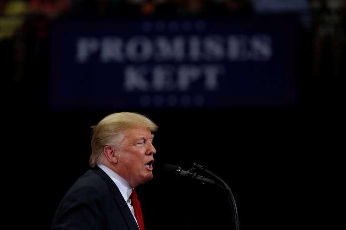 Le président américain, Donald Trump, le 31 octobre à Estero, en Floride.