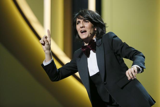 Florence Foresti en maîtresse de cérémonie des Césars, en 2016.