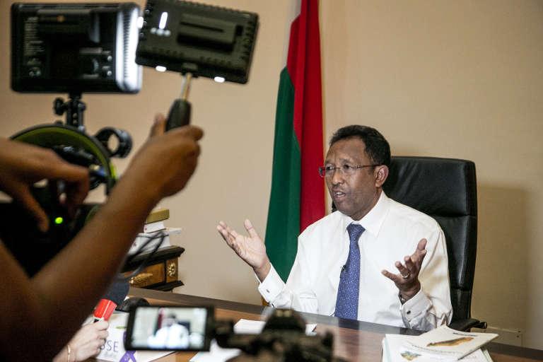 Le chef de l'Etat malgache, Hery Rajaonarimampianina, pendant une conférence de presse au palais présidentiel, à Antananarivo, le 29avril 2018.