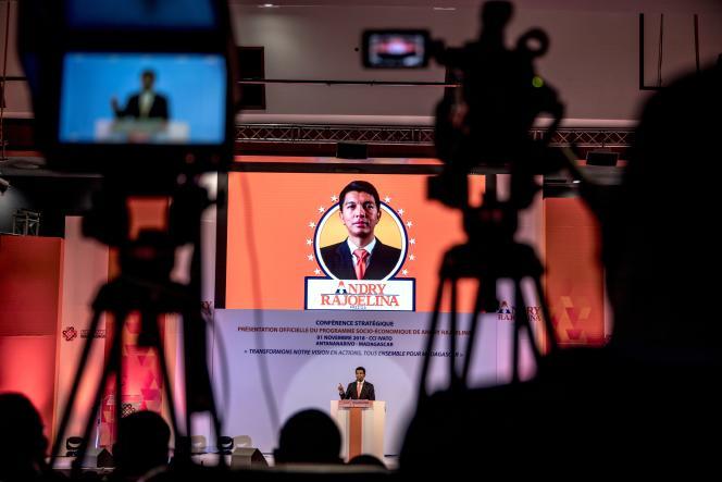 Le candidat Andry Rajoelina lors d'une conférence de presse le 1er novembre 2018 durant la campagne électorale pour la présidentielle du 7 novembre 2018.
