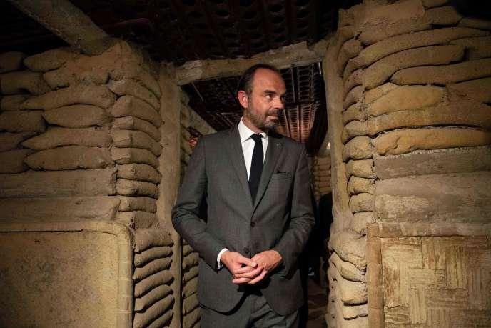 Edouard Philippe visite le bunker du général ayant dirigé les troupes françaises lors de la bataille de Dien Bien Phu, le 3 novembre 2018.
