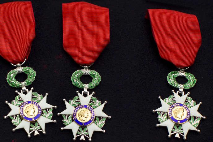La promotion de « médaille de la reconnaissance» distinguée le 4 novembre comprend 124 personnes impliquées dans 21 événements terroristes.