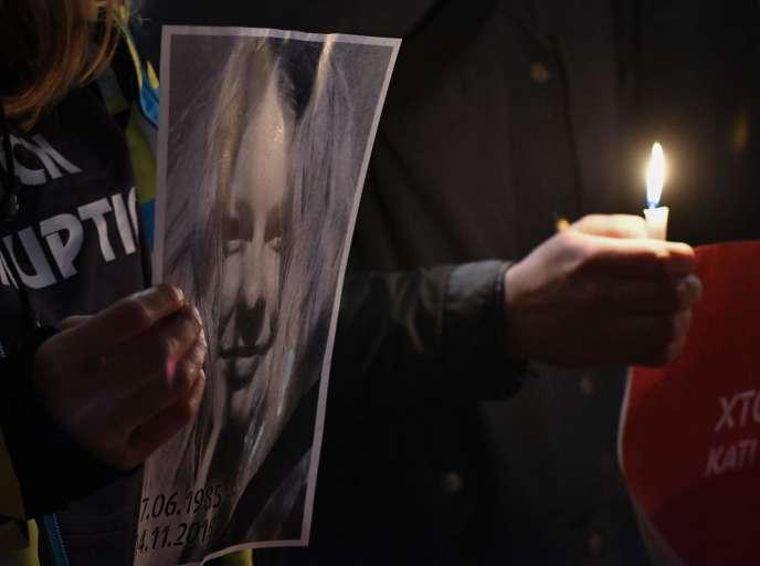 Lors d'une manifestation,à Kiev le 4 novembre, en hommage à Kateryna Gandziouk, décédée à la suite d'une attaque à l'acide perpétrée fin juillet.