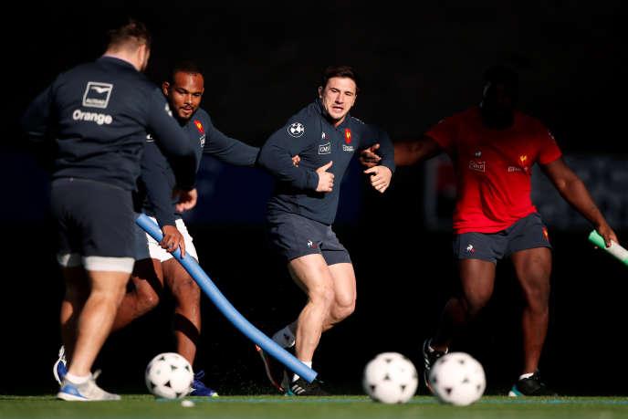 L'équipe de France doit affronter l'Afrique du Sud, le 10 novembre, en match préparatoire au Tournoi de six nations. Elle rencontrera ensuite l'Argentine, le 17 novembre, puis les Fidji, le 24 novembre.