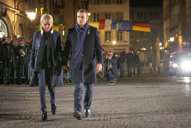 Emmanuel Macron et son épouse recevant le président allemand Frank-Walter Steinmeier et son épouse Elke Büdenbender pour un concert à la cathédrale de Strasbourg, dimanche 4 novembre.
