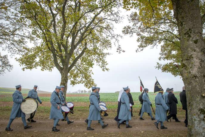 Cérémonie en hommage aux combattants français tués en août 1914 lors de la bataille des frontières à Morhange (Moselle), le 5 novembre.