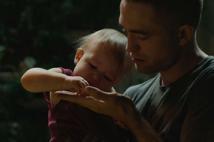 Robert Pattinson dans « High Life », de Claire Denis.