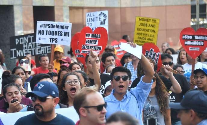Manifestation contre la suppression du programme DACA, le 1er septembre 2017, à Los Angeles.