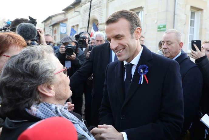 Emmanuel Macron dans la Meuse, le 6 novembre.