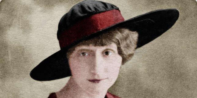 Photographie colorisée de Louise de Coligny-Châtillon, dite Lou (1881-1963), en 1914.