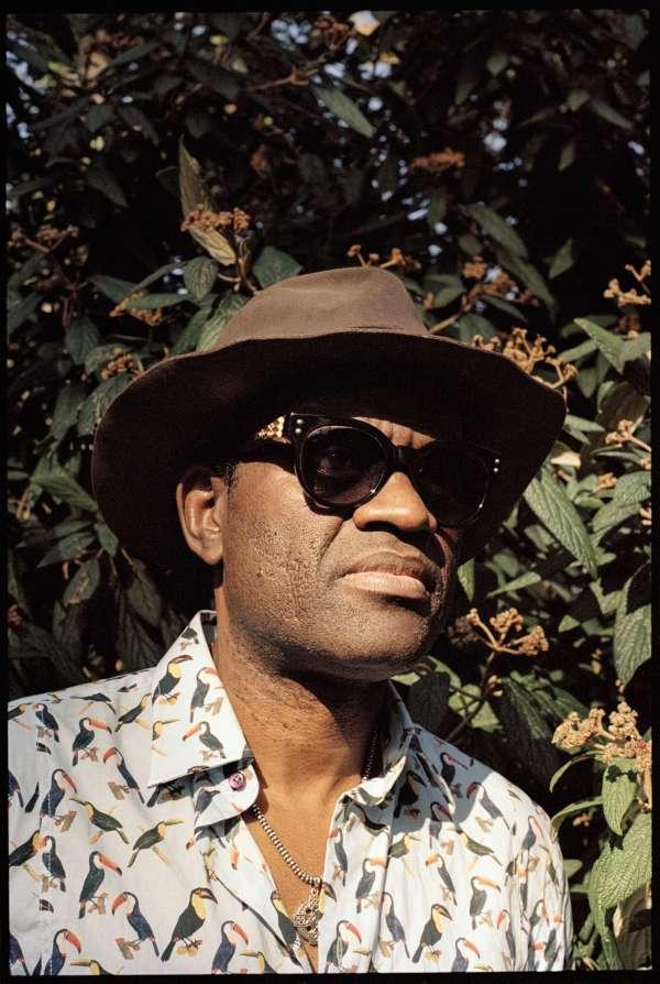 Alain Mabanckou vient de publier son deuxième roman,« Les cigognes sont immortelles».