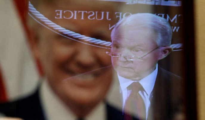 Le président Trump n'a jamais pardonné à Jeff Sessions de s'être récusé dans l'enquête sur les interférences russes pendant la présidentielle.