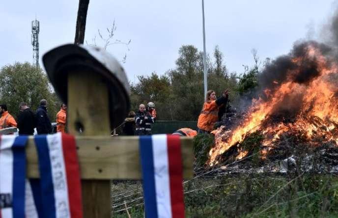 Manifestation de salariés d'Ascoval, le 24 octobre, à Saint-Saulve dans le Nord.