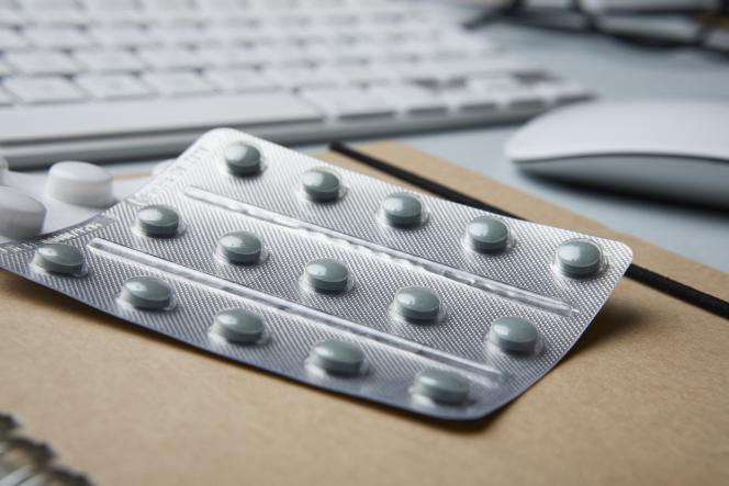 La prescription abusivedes antimicrobiens explique notamment l'antibiorésistance.
