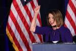 Nancy Pelosi, patronne des démocrates à la Chambre des représentants célèbre la victoire, 6 novembre 2018,JONATHAN ERNST / REUTERS