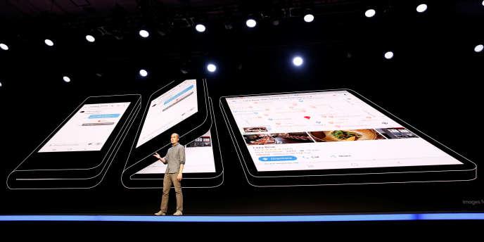 Des esquisses du futur smartphone pliable de Samsung.