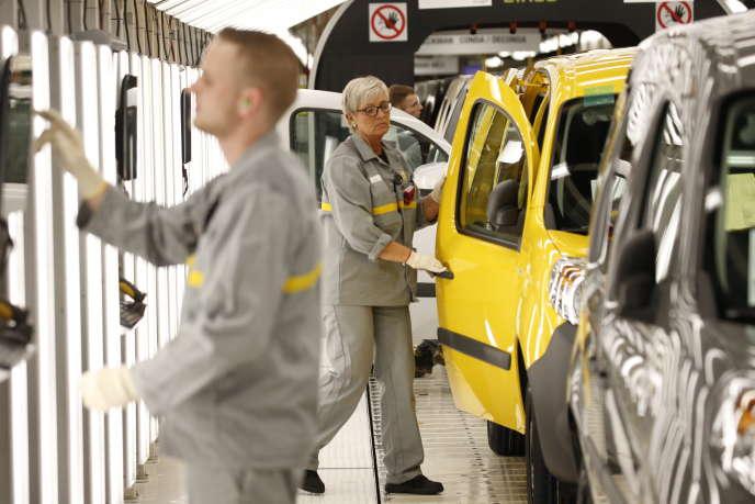L'usine des Kangoo, à Maubeuge, bénéficiera d'un investissement de 450 millions d'euros, embauchera 200 personnes et produira un nouveau véhicule utilitaire Nissan, a annoncé le PDG de Renault le 8 novembre 2018.