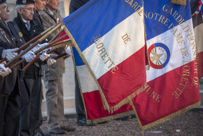 Cérémonie dans la nécropole nationale de Notre-Dame-de-Lorette, à Ablain-Saint-Nazaire, le 8 novembre 2018.