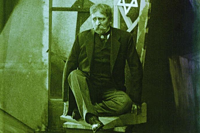 Une image extraite du film« La Ville sans juifs » (1924), de Hans Karl Breslauer.