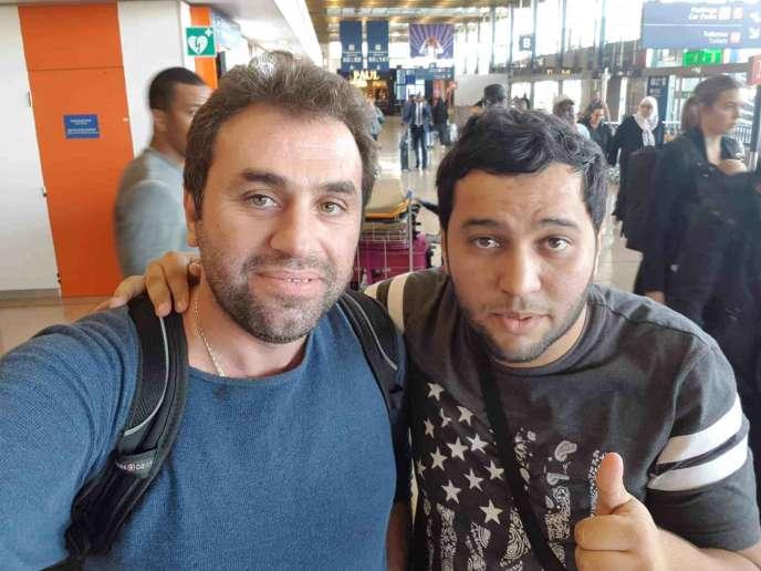 Abdou Semmar et Merouane Boudiab, rédacteur en chef et journaliste du site Algérie Part.