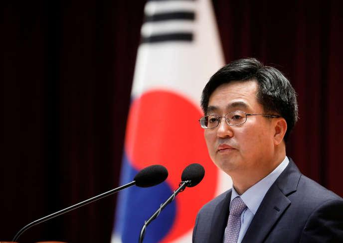 Le ministre des finances sud-coréen limogé, Kim Dong-yeon.