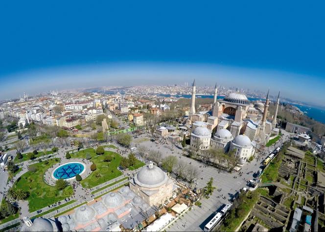 La basilique Sainte-Sophie, le plus célèbre monument d'Istanbul (Turquie), n'avait pas les faveurs d'Agatha Christie.