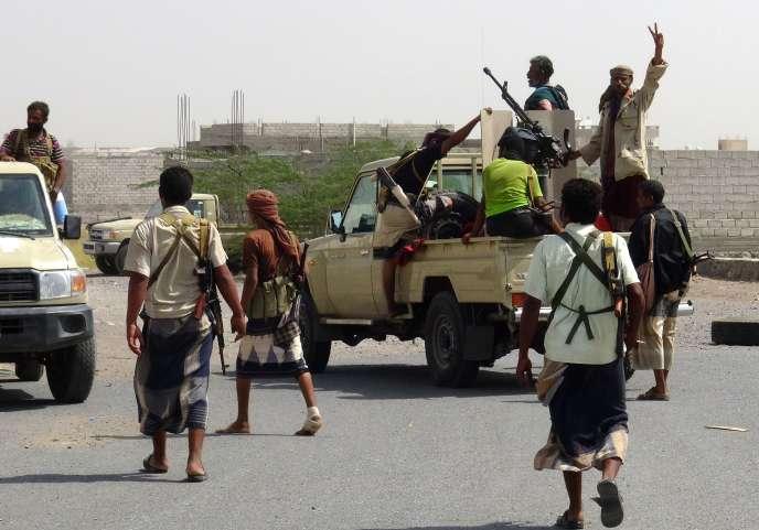 Des forces progouvernementales, près d'Hodeïda (Yémen), le 13 novembre 2018.