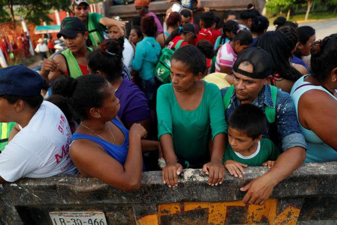 «Le corps des femmes est leur seule monnaie d'échange pour soudoyer les flics ripoux lors des barrages migratoires qui se sont multipliés.»