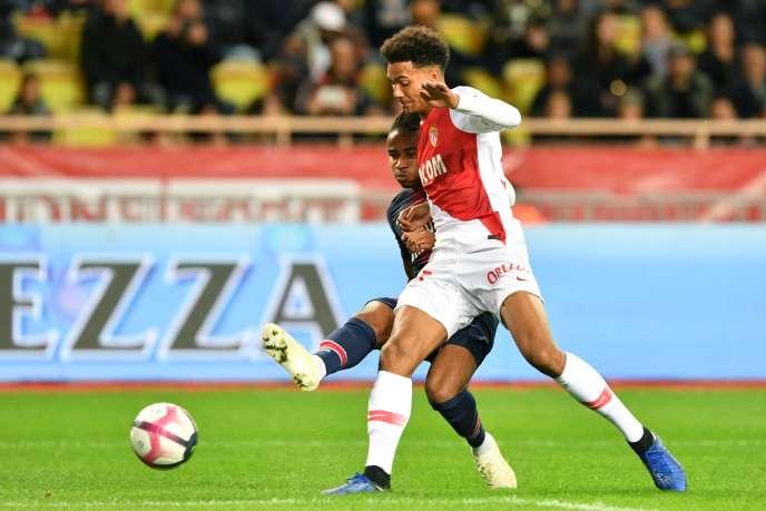 L'AS Monaco est notamment accusée d'avoir proposé à un joueur de 12 ans des primes anticipées à la signature, accompagnées d'aides au logement et à la scolarité, au titre d'un accord « sous seing privé ».