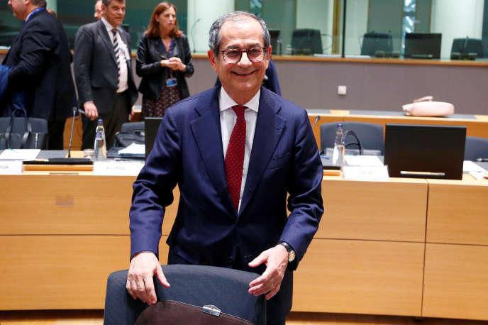 Le ministre italienGiovanni Tria, lors de la réunion des ministres des finances de la zone euro, à Bruxelles, le 5 novembre.