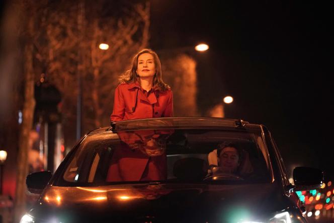 Isabelle Huppert dans la troisième saison de la série « Dix pour cent ».