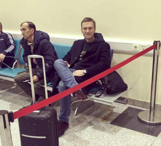 Alexeï Navalny, à l'aéroport Domodedovo de Moscou, le 13 novembre.