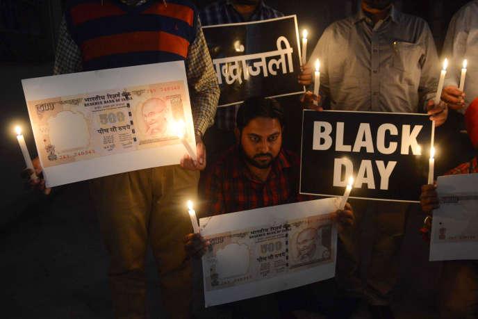Manifestation à l'occasion du deuxième anniversaire de la démonétisation, à Amritsar (nord-ouest de l'Inde), le 9 novembre.
