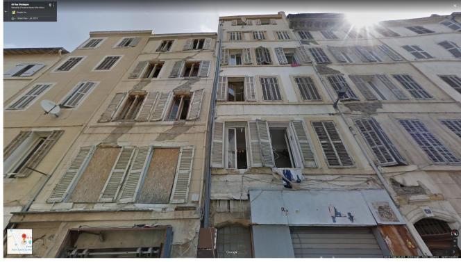 Les 63, 65 et 67 de la rue d'Aubagne, photographié par Google Street View en juillet 2018, trois mois avant leur effondrement.
