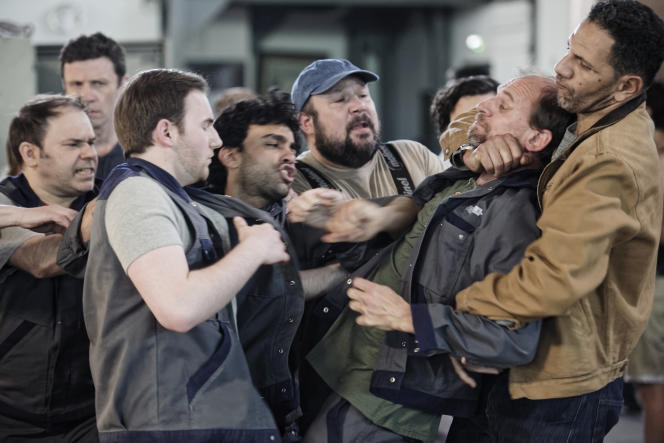 Roschdy Zem (à droite) dans la série«Aux animaux la guerre», créée par Nicolas Mathieu et Alain Tasma.