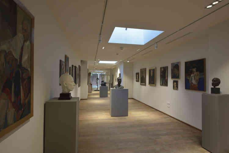 Pour clôturer le parcours Beaux-Arts, les deux salles d'entrée de La Piscine sont aujourd'hui complétées par une galerie neuve. Elles sont toujours consacrées au Groupe de Roubaix.