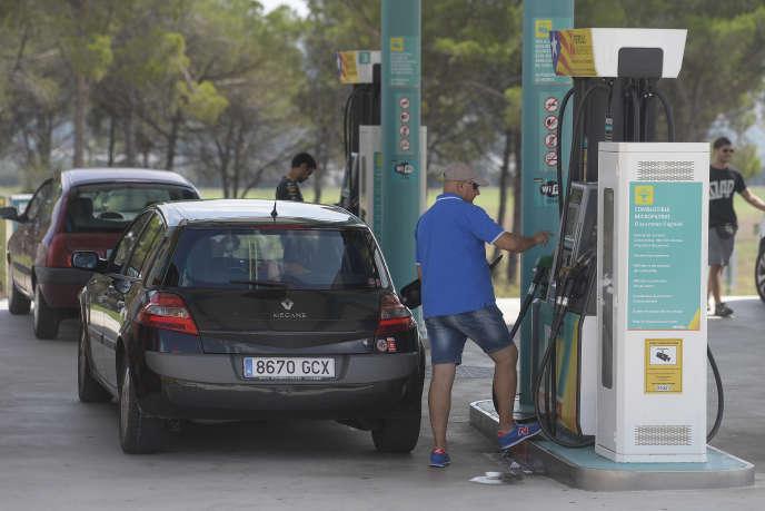 Une station essence de Petro7 à L'Ametlla del Vallès près de Barcelone, le 5septembre 2015.