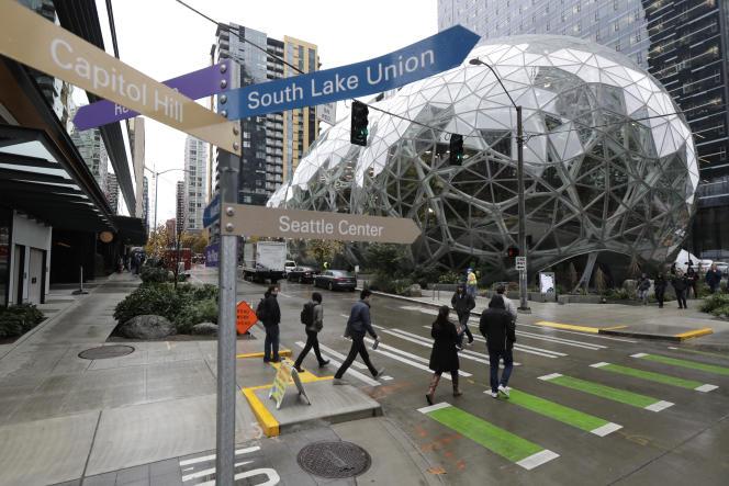 Le siège social d'Amazon, à Seattle, en janvier. Un nouveau siège social scindé en deux va voir le jour à New York et Washington.