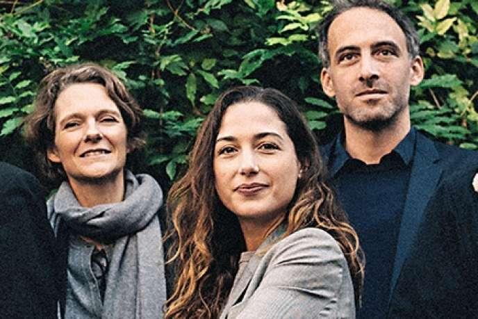 Les fondateurs de Place publique, le 5 novembre, à Paris. De gauche à droite, Jo Spiegel, Claire Nouvian, Diana Filippova, Raphaël Glucksmann et Thomas Porcher.