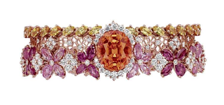 Bracelet Dentelle Popeline (collection Dior Dior Dior)en or rose, grenat spessartite, saphirs jaune-orange, diamants et rubis,Dior Joaillerie.