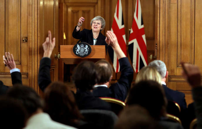 Britain's Prime Minister Theresa May takes questions during a news conference at Downing Street in London, November 15, 2018. Matt Dunham/Pool via Reuters