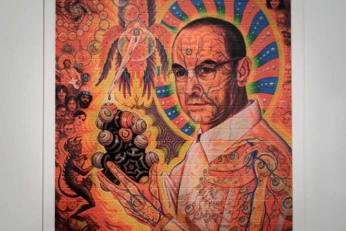 Portrait du chimiste Albert Hofmann imprimé sur des buvards de LSD, lors d'une exposition, à Berne (Suisse), en septembre.