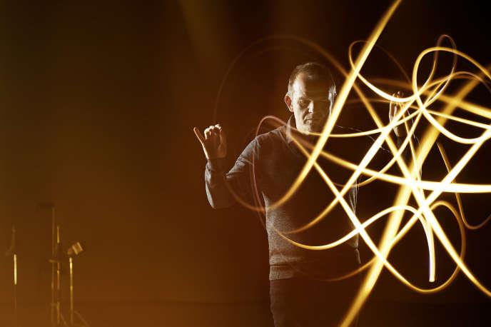 Le chef d'orchestre François-Xavier Roth, à Cologne, en 2018.