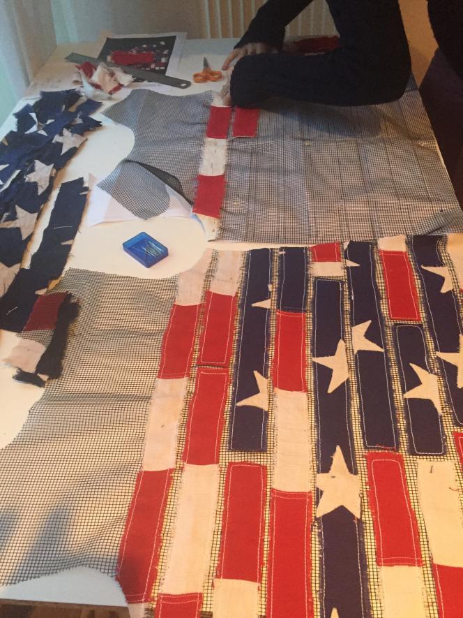 Patron Ronald van der Kemp réalisé à partir de drapeaux américains.