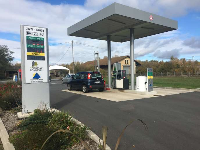 Carburants : « Face à la baisse du nombre de points de vente, des villages ouvrent leur propre station-service »