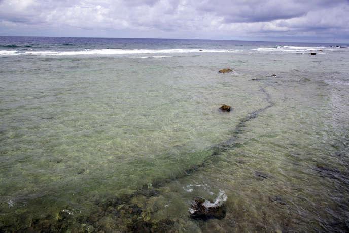 Sur l'atoll de Mururoa, où l'armée française a mené 138 tests nucléaires jusqu'en 1996.