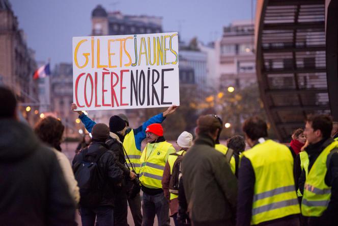 Les «gilets jaunes» incarnent le débat sur les inégalités de revenus en France.