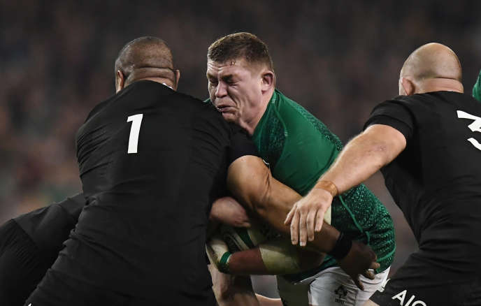 Rugby Union - Ireland v New Zealand - Aviva Stadium, Dublin, Ireland - November 17, 2018  Ireland's Tadhg Furlong in action with New Zealand's Karl Tuinukuafe   REUTERS/Clodagh Kilcoyne